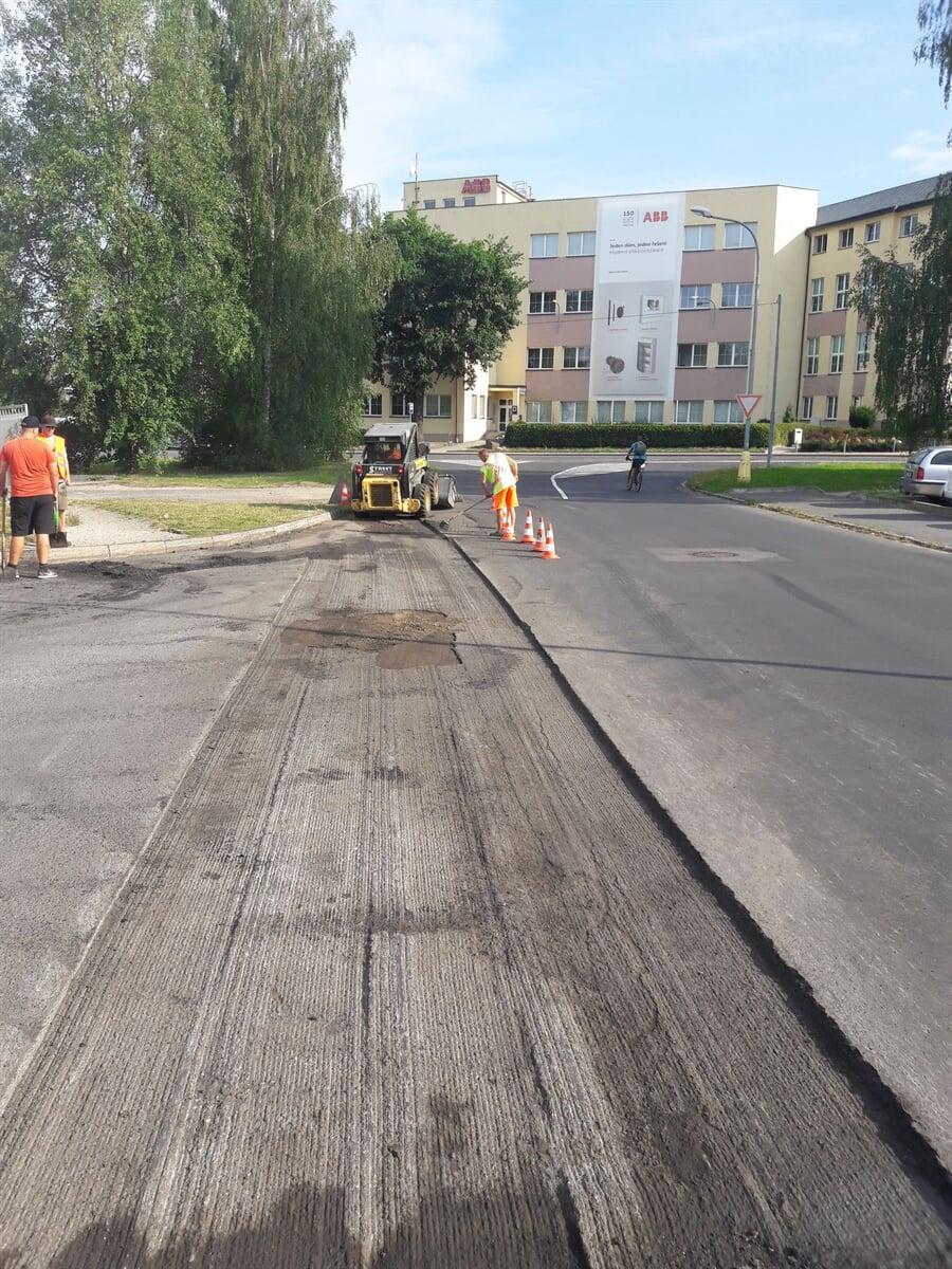 Oprava a výstavba komunikací Street s.r.o.